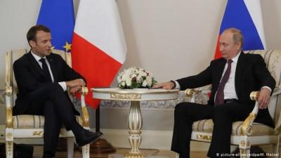 Putin - Macron: Έτοιμοι να διευθετήσουν την κατάσταση στο Nagorno Karabakh