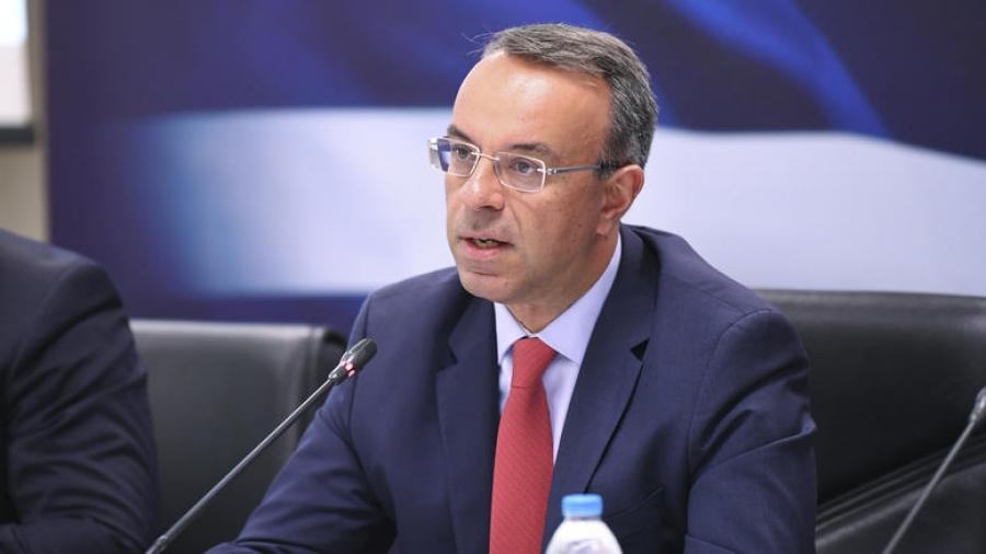 Σταϊκούρας: Εξετάζουμε σταδιακό άνοιγμα της οικονομίας από 22 Μαρτίου