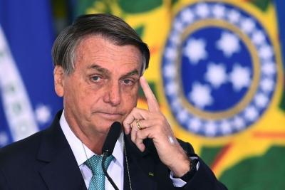Βραζιλία: Να παυθεί και να δικαστεί για 9 εγκλήματα ο Bolsonaro για τη διαχείριση της πανδημίας ζητά η Γερουσία