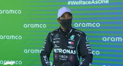 F1: O Hamilton στην pole position στο Grand Prix της Βαρκελώνης