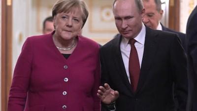 Επικοινωνία Merkel με Putin - Στο επίκεντρο η πιθανότητα κοινής παραγωγής εμβολίου για τον κορωνοϊού