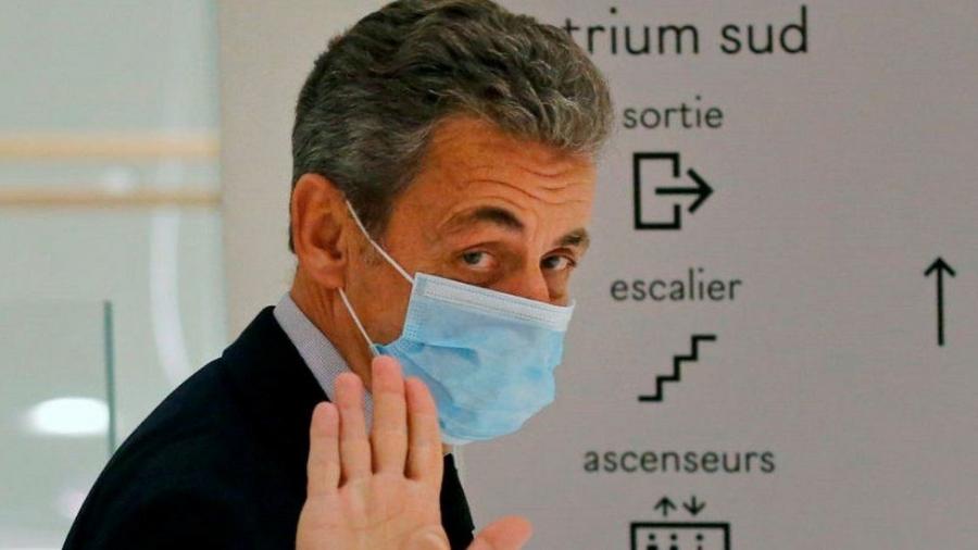 Με έφεση απαντά ο Sarkozy στην καταδικαστική απόφαση για τριετή φυλάκιση του