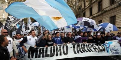 Αργεντινή: Διαδηλώσεις κατά των νέων μέτρων λιτότητας της κυβέρνησης Macri