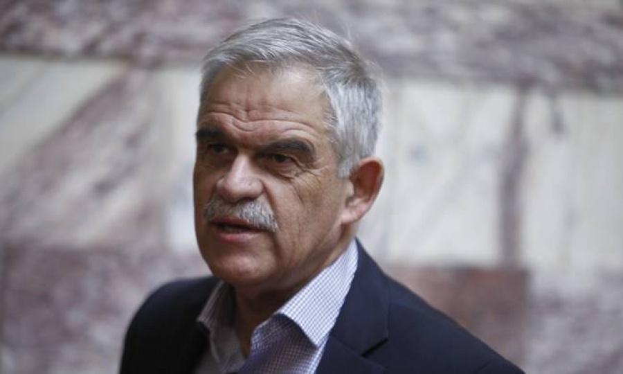 Reuters: Από τη μία οι δανειστές, από την άλλη η ΓΣΕΕ και οι αγρότες - Σε κλοιό η ελληνική κυβέρνηση