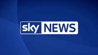 Skynews: Επιστρατεύτηκαν πάνω από 70 πυροσβέστες στη Βρετανία για να θέσουν υπό έλεγχο πυρκαγιά σε ζωολογικό κήπο