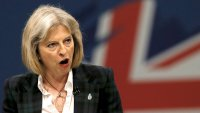 Μ.Βρετανία: Με 9 μονάδες προηγείται η May – Στο 43% οι Συντηρητικοί έναντι 34% των Εργατικών