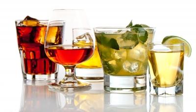 Αριθμός ρεκόρ θανάτων από... αλκοόλ στη Βρετανία εν μέσω lockdown