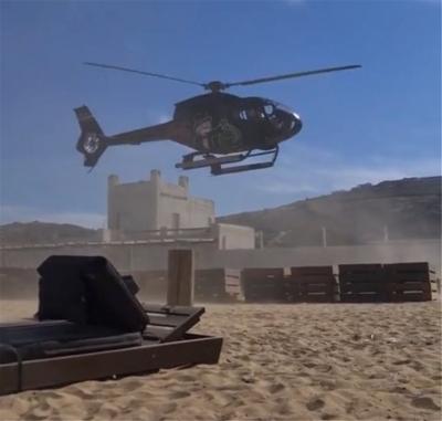 Μύκονος: Επιχειρηματίας προσγειώθηκε με το ελικόπτερο του σε beach bar!