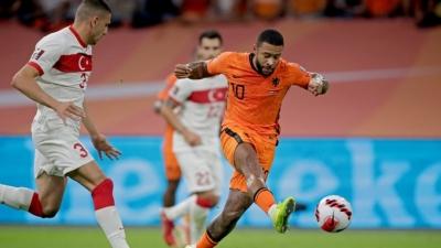 Ολλανδία – Τουρκία 2-0: Απίστευτη ασίστ από τον Κλάασεν και γκολ ο Ντεπάι! (video)