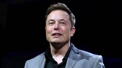 Ο Elon Musk έχασε 5,6 δισ. δολάρια από ένα τροχαίο με αυτοκίνητο της Tesla