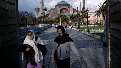Τουρκία: Σε υψηλό δύο μηνών τα νέα κρούσματα, έφτασαν τα 13.215 (8/3)