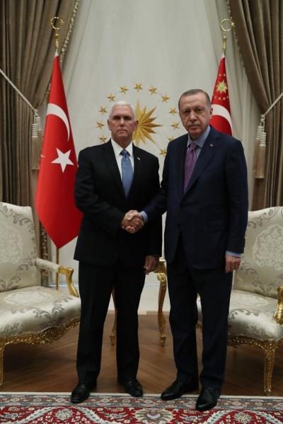 Σε ψυχροπολεμικό κλίμα η συνάντηση Erdogan με Pence (αντιπρόεδρος ΗΠΑ) και Pompeo (ΥΠΕΞ ΗΠΑ)