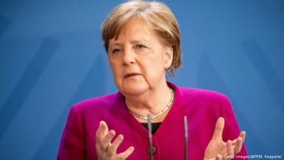Συγχαρητήριο τηλεφώνημα Merkel σε Biden: Συμφώνησαν στην ενδυνάμωση της διατλαντικής συνεργασίας