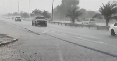 Drones προκαλούν τεχνητή... καταρρακτώδη βροχή στο Ντουμπάι