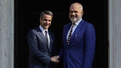 Ο Κυριάκος Μητσοτάκης συνεχάρη τον Αλβανό πρωθυπουργό Rama για την εκλογική του νίκη