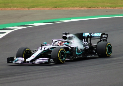 F1: Νικητής ο Hamilton στο GP του Μπαχρέιν, μετά από σκληρή μάχη με τον Verstappen