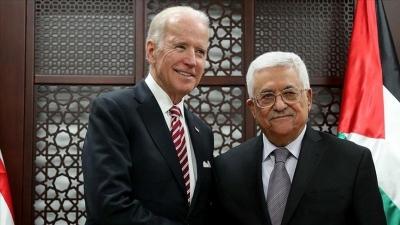 Τηλεφωνική επικοινωνία Biden – Abbas για την κρίση στη Μέση Ανατολή