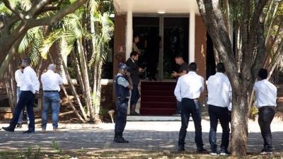 Σύγχυση στην πρεσβεία της Βενεζουέλας στη Βραζιλία μετά την κατάληψη της από υποστηρικτές του Guaido