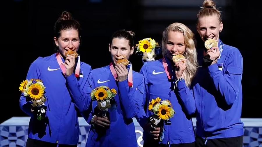 Διοργανωτές Ολυμπιακών Αγώνων: «Μην δαγκώνετε τα μετάλλια σας, είναι από ανακυκλωμένα κινητά τηλέφωνα!»
