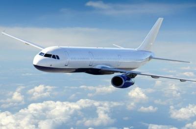 Αεροπορικές εταιρίες: Η προσοδοφόρα «προνομιούχα» οικονομική, «ξηλώνει» θέσεις της business class