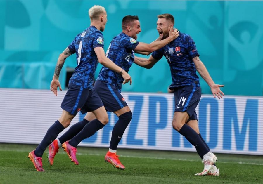 EURO 2020, Πολωνία - Σλοβακία 1-2: Πολύ σκληρή για τους Πολωνούς η Σλοβακία, «βουνό» η πρόκριση για την παρέα του Λεβαντόφσκι!