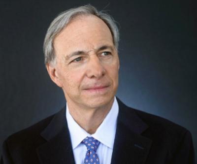 Για ύφεση στην αμερικανική οικονομία από το 2020, προειδοποιεί ο Ray Dalio