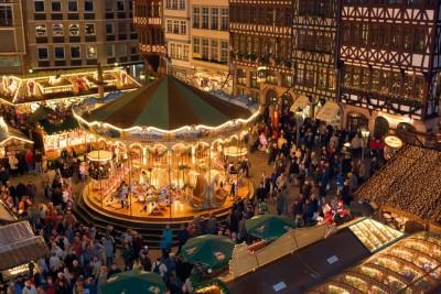 Κορωνοϊός: Οι χριστουγεννιάτικες αγορές «πριν και μετά» την πανδημία μέσα από τον φωτογραφικό φακό