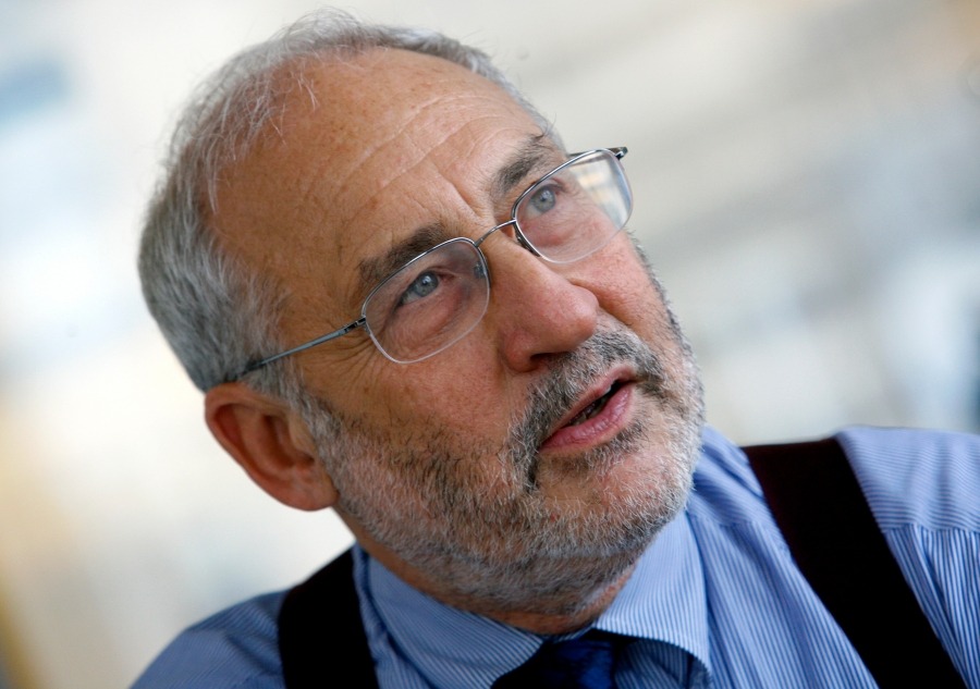 Stiglitz (Οικονομολόγος): Να αρθούν οι πατέντες των εμβολίων, οι φορολογούμενοι έχουν ήδη πληρώσει για αυτά