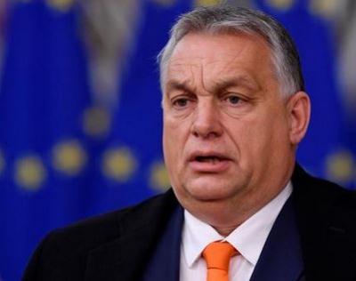 Orban κατά ΕΕ: Συμπεριφέρεται προς εμάς και τους Πολωνούς σαν εχθρούς