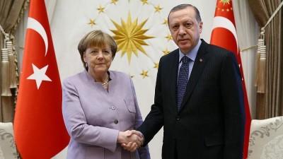 Η Merkel ζητά να μιλήσει με τον Erdogan - «Δραματική η κατάσταση μεταξύ Ελλάδας και Τουρκίας»