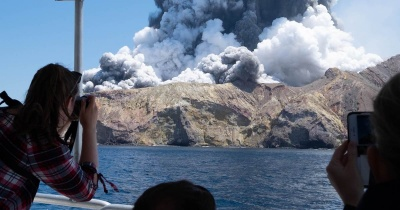 Νέα Ζηλανδία: Στους 19 οι νεκροί από την έκρηξη του ηφαιστείου - Σε κρίσιμη κατάσταση αρκετοί τραυματίες