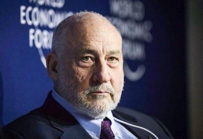 Stiglitz: Νάρκισσος κοινωνιοπαθής, χωρίς καμία γνώση, ο Trump