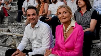 Κόντρα Μαξίμου - ΣΥΡΙΖΑ για τη μετακίνηση Μητσοτάκη με στρατιωτικό ελικόπτερο στην Επίδαυρο