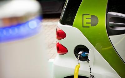 Σε διαβούλευση τίθεται το νομοσχέδιο για την ηλεκτροκίνηση στην Ελλάδα