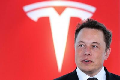 Η απόλυτη φούσκα μυστήριο - Ο Elon Musk με περιουσία 185 δισ  όσο το ΑΕΠ της Ελλάδος – Η Tesla με αξία 774 δισ ή... 1032 P/E