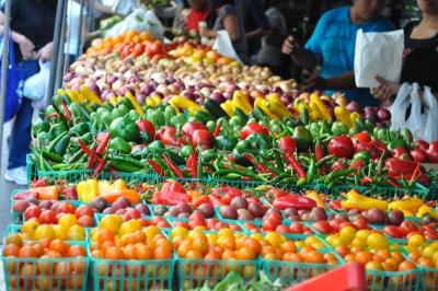 Απεργίες σχεδιάζουν οι παραγωγοί αγροτικών προϊόντων στις λαϊκές αγορές