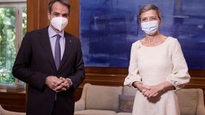 Ύμνοι Vestager: Εντυπωσιακή η διαχείριση της πανδημίας – Στην Ελλάδα η ισχυρότερη ανάπτυξη το 2022