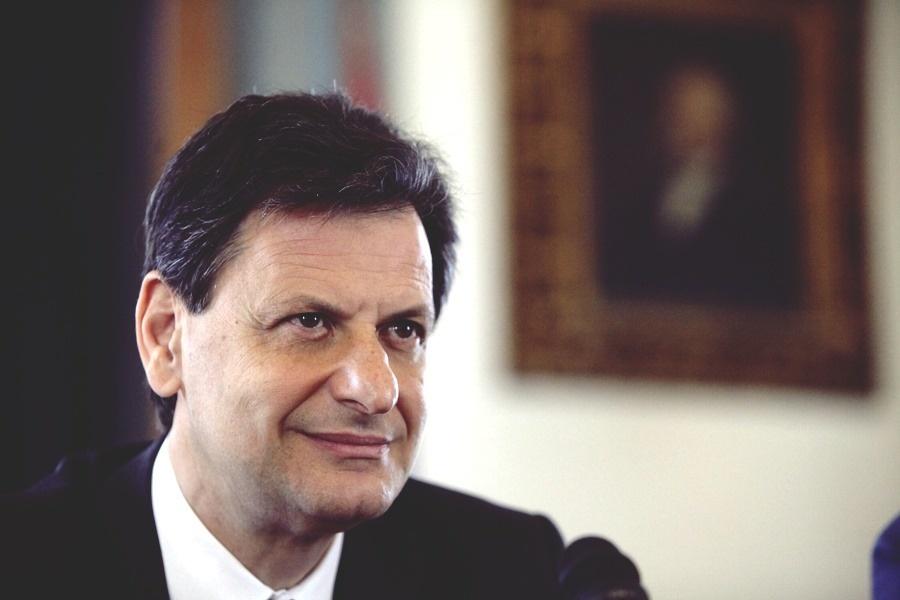 «Αναγνωρίστε τη νέα πραγματικότητα στη χώρα», ζήτησαν από την Ελλάδα τα Σκόπια