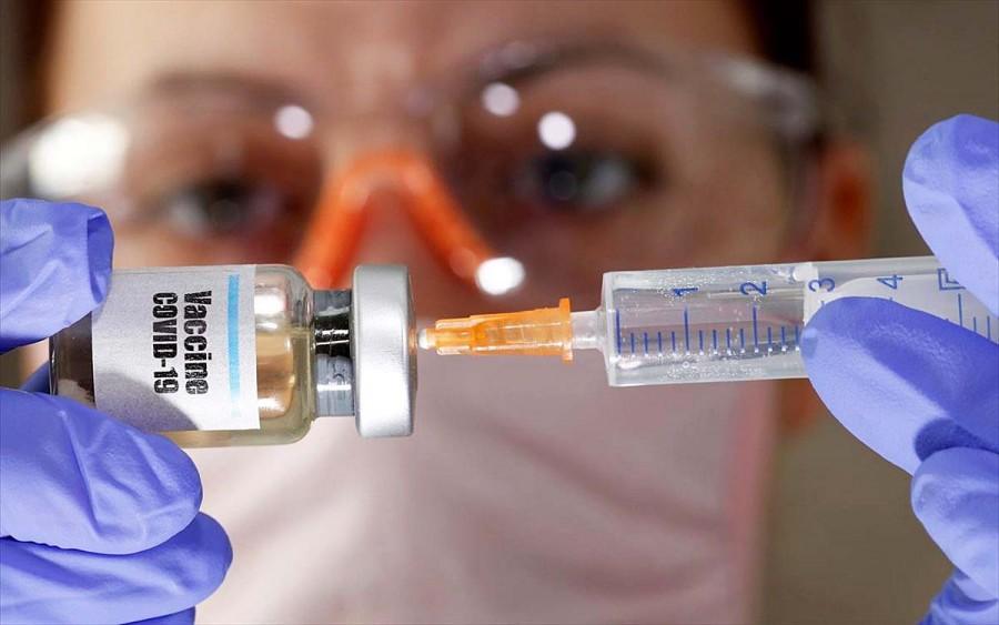 Προς χρήση στις αρχές Νοεμβρίου το ρωσικό εμβόλιο κατά του κορωνοϊού
