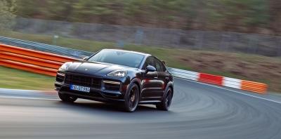 Δείτε το νέο ρεκόρ της Porsche Cayenne Coupe στο Nürburgring