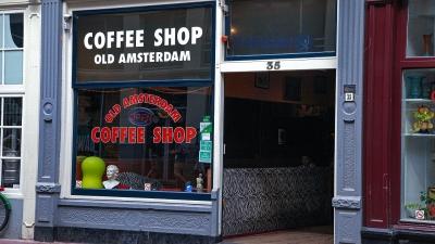 Στα τάρταρα ο τουρισμός στο Άμστερνταμ - Χαρούμενοι οι Ολλανδοί... σε απόγνωση τα coffeeshop της κάνναβης
