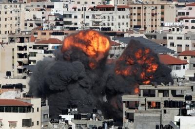 Γάζα: Κατέρρευσε από ισραηλινό βομβαρδισμό 12οροφο κτίριο που στεγάζει το Al Jazeera και το AP