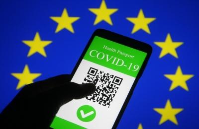 Ευρωπαϊκό ψηφιακό πιστοποιητικό Covid: Η λειτουργία, τα κενά και οι «γκρίζες ζώνες» του συστήματος