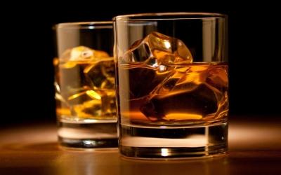Παρατείνεται έως 26 Μαρτίου 2021 η καταβολή ΦΠΑ για τα αλκοολούχα