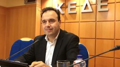 ΚΕΔΕ: Δυσαρέσκεια για την τροπολογία με τα ληξιπρόθεσμα δήμων – Δεν είχε προηγηθεί συζήτηση