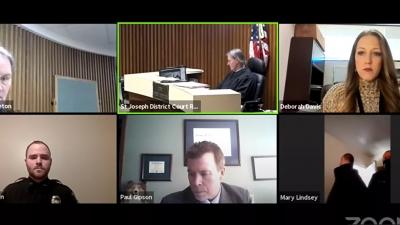 ΗΠΑ: Άνδρας συνελήφθη την ώρα της δίκης του που πραγματοποιούνταν με βιντεοκλήση μέσω Zoom