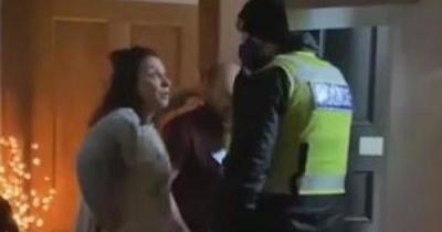 Σκωτία: Αστυνομικοί εισέβαλαν σε σπίτι για παραβίαση του Lockdown