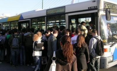 Καραμανλής: Δεν έχει αποδειχθεί ότι τα μέσα μαζικής μεταφοράς είναι εστίες υπερμετάδοσης του κορωνοϊού