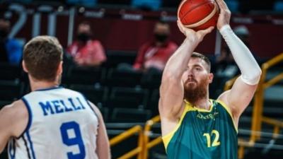 Μπάσκετ: Μεγάλη νίκη για την Αυστραλία επί της Ιταλίας με 86-83 και… πρόκριση στα προημιτελικά!
