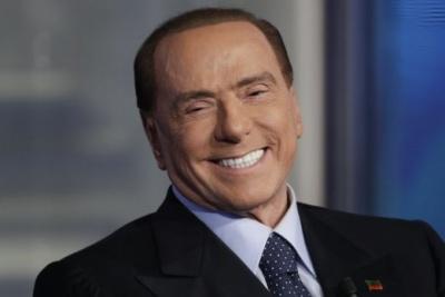 Επιστρέφει στον χώρο του ποδοσφαίρου ο Silvio Berlusconi – Αγόρασε ομάδα της «Serie C»